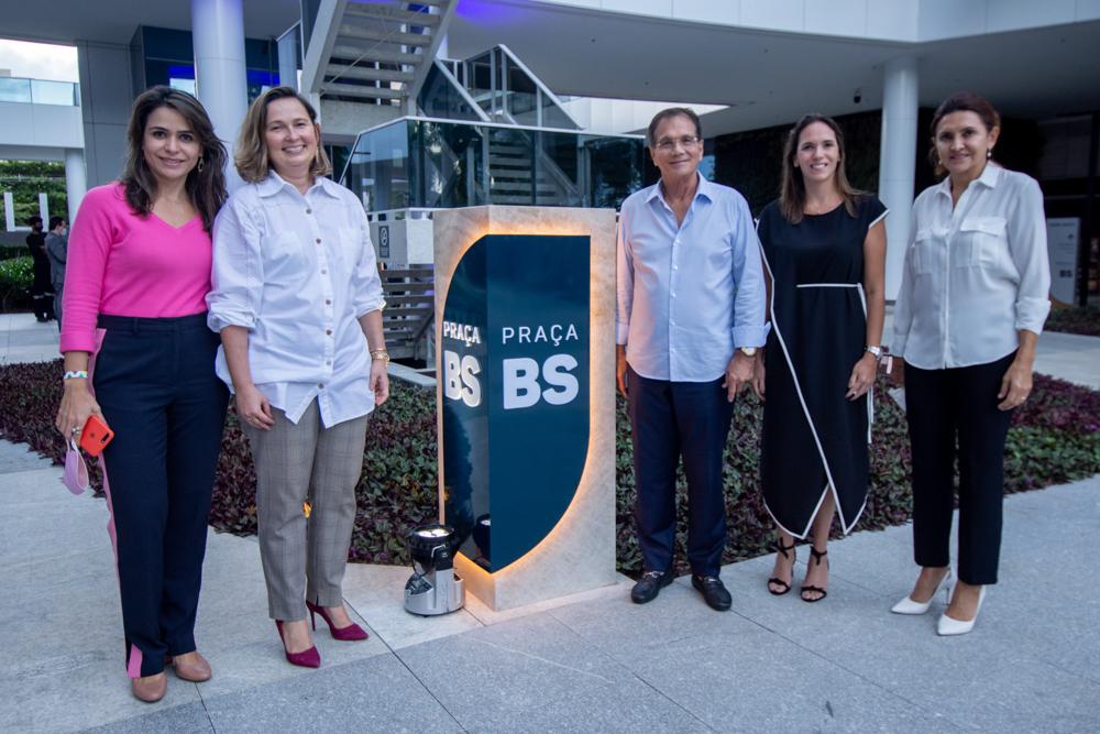 Camila Benevides, Ranata Santiago, Beto Studart, Renata Santos E Ana Nobre