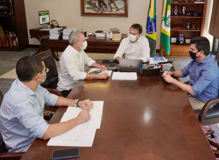 Camilo e Sarto discutem novos projetos dentro do programa Juntos por Fortaleza