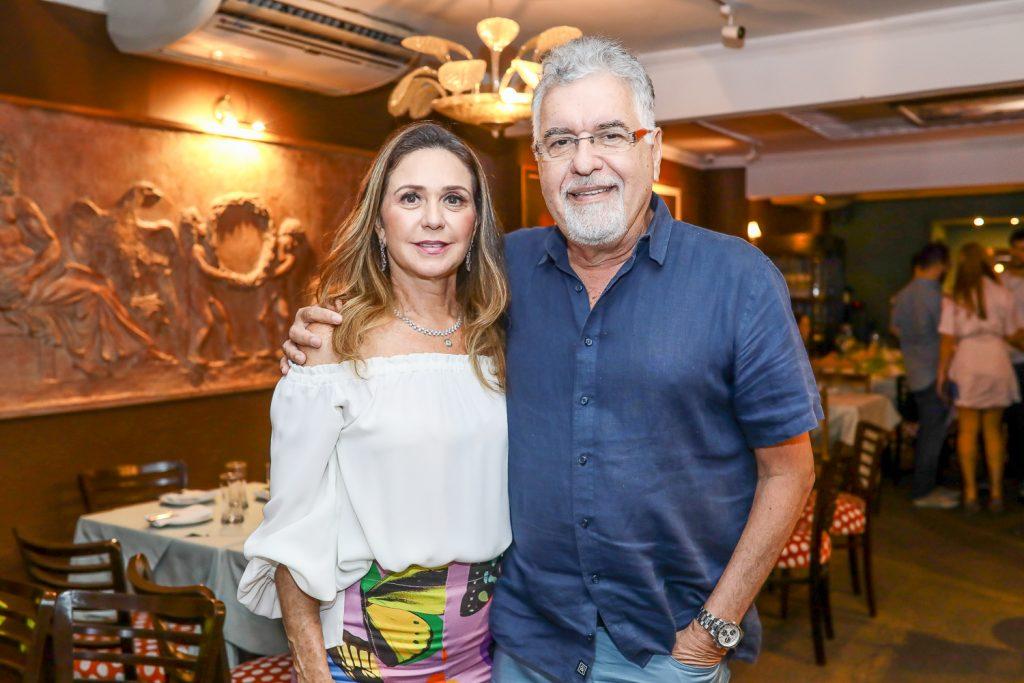 Claudia E Waldemar Cartaxo