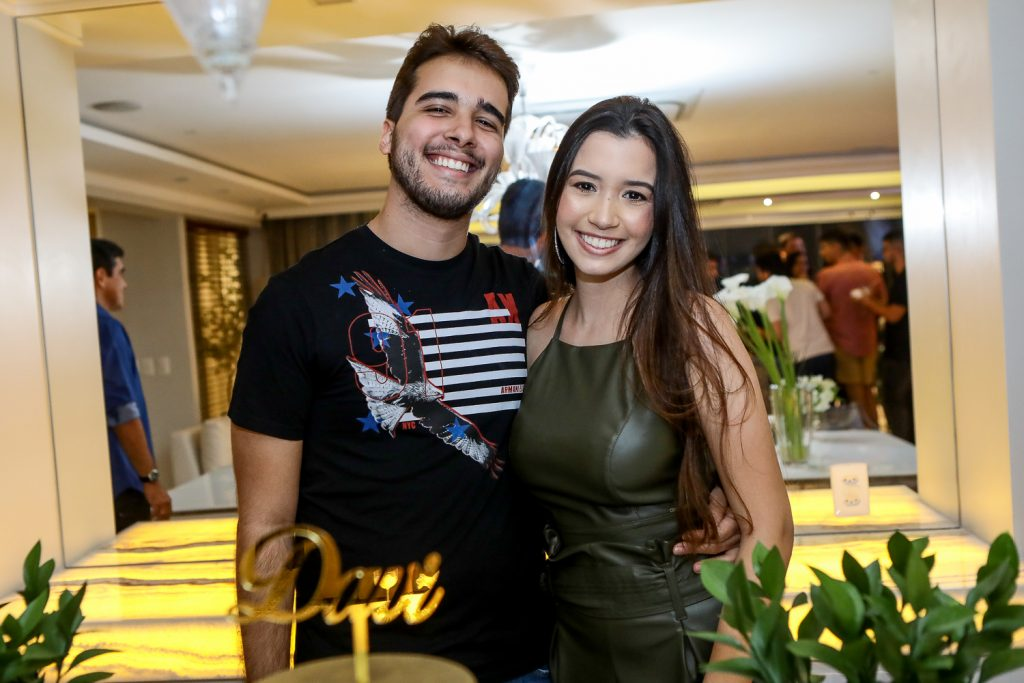 Davi Teixeira E Ana Clara Ramalho