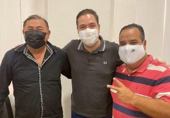 Eduardo Bismarck debate demandas de moradores do Litoral Leste do Ceará