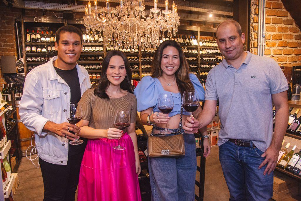 Fellipe Torres, Juliana Pimentel, Carol Yamasaki E Andre Linheiro