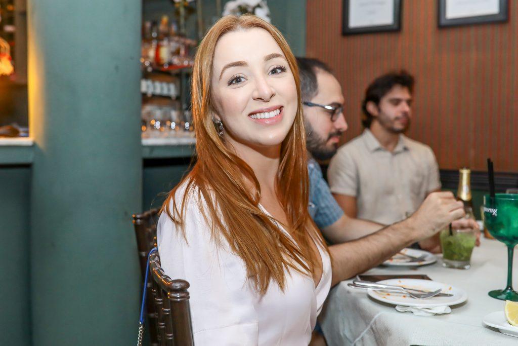 Isabella Barros