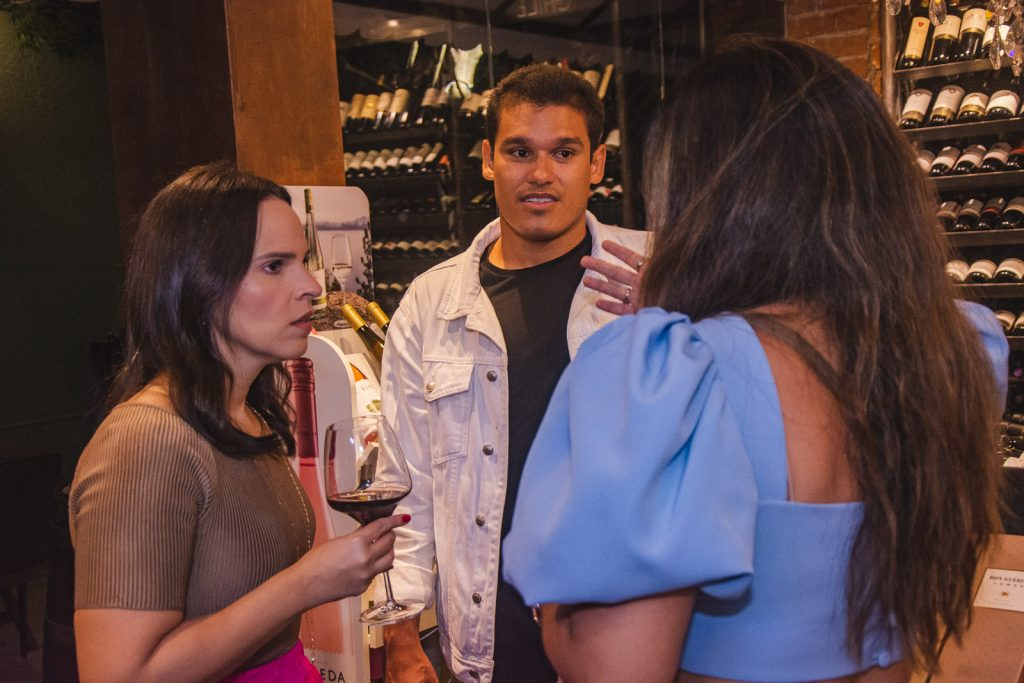 Juliana Pimentel, Fellipe Torres E Carol Yamasaki