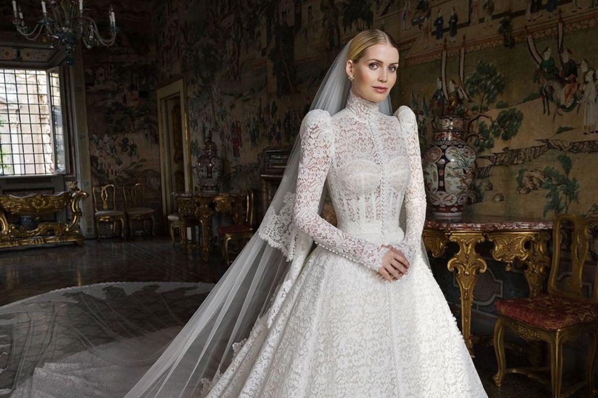 Sobrinha da princesa Diana, Lady Kitty Spencer se casa com milionário na Itália