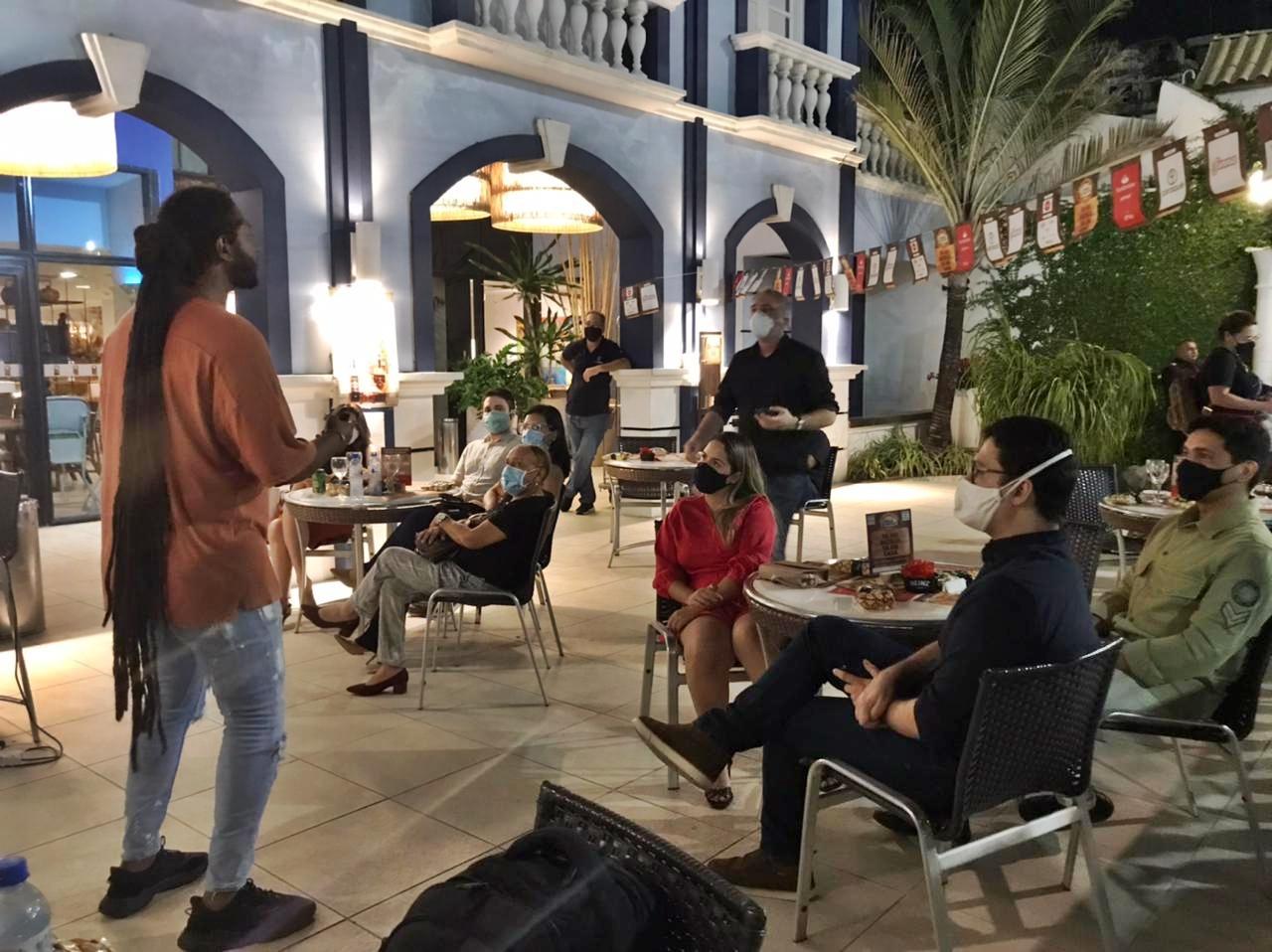 Hotel Sonata de Iracema serve de cenário para o lançamento do Concurso Comida di Buteco 2021