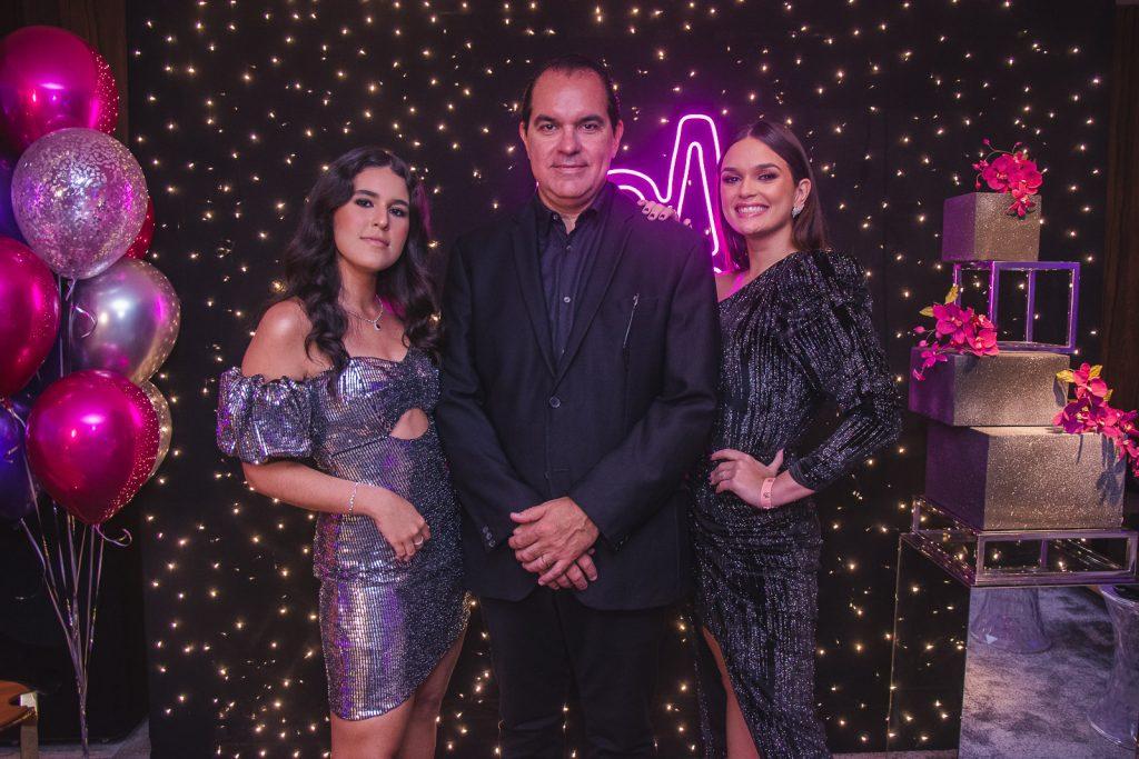 Lara, Leo E Mariana Albuquerque