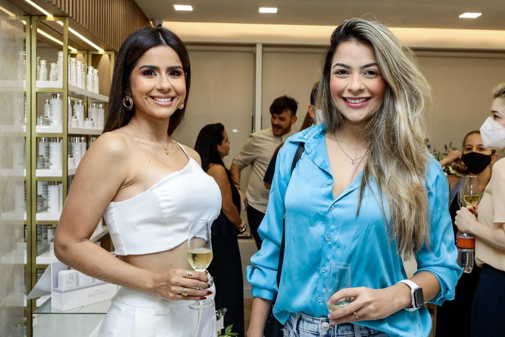 Leticia Custodio E Yasmin Martins (1)
