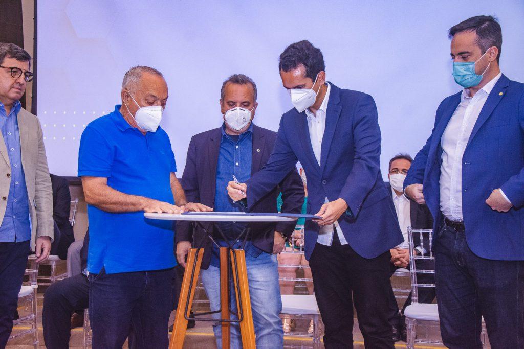 Luiz Menezes De Lima, Rogerio Marinho, Domingos Neto E Capitao Wagner