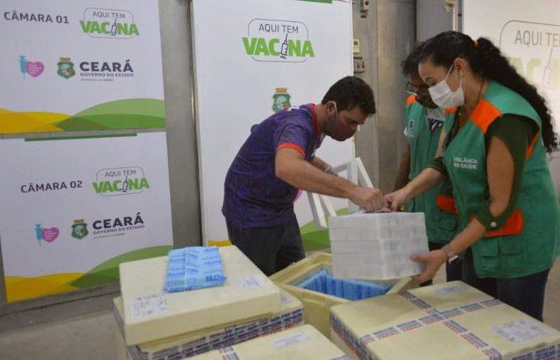 Governo do Ceará vai receber 319.960 doses de vacinas neste fim de semana