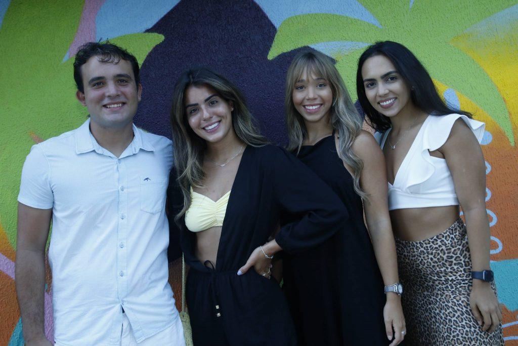 Matheus Moreira, Thais Oliveira, Ana Leticia Lima E Mariana Dinis