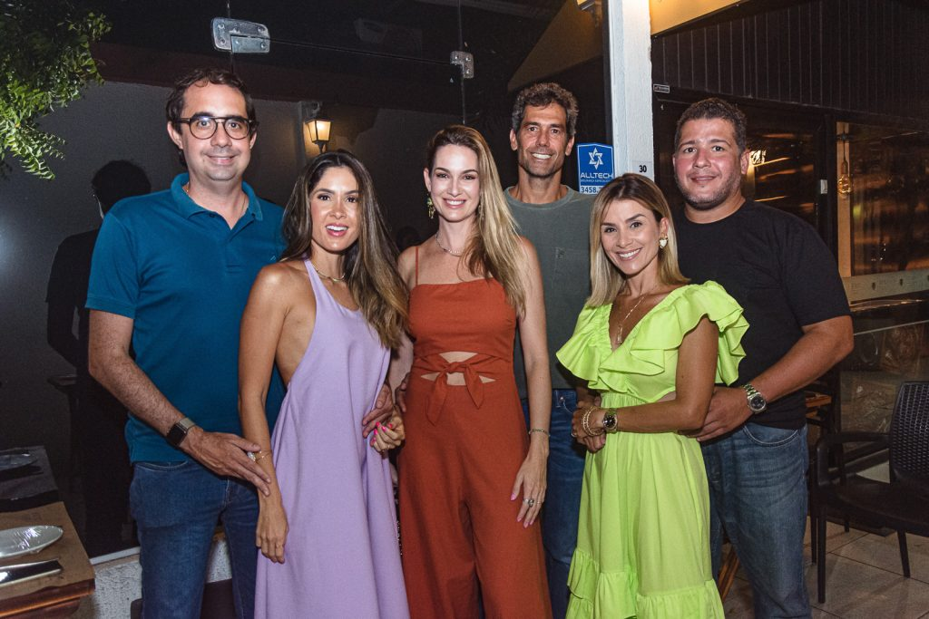 Pedro Castro, Manoela Castro, Germana Melo, Victor Melo, Roberta Quaranta E Mozart Gomes