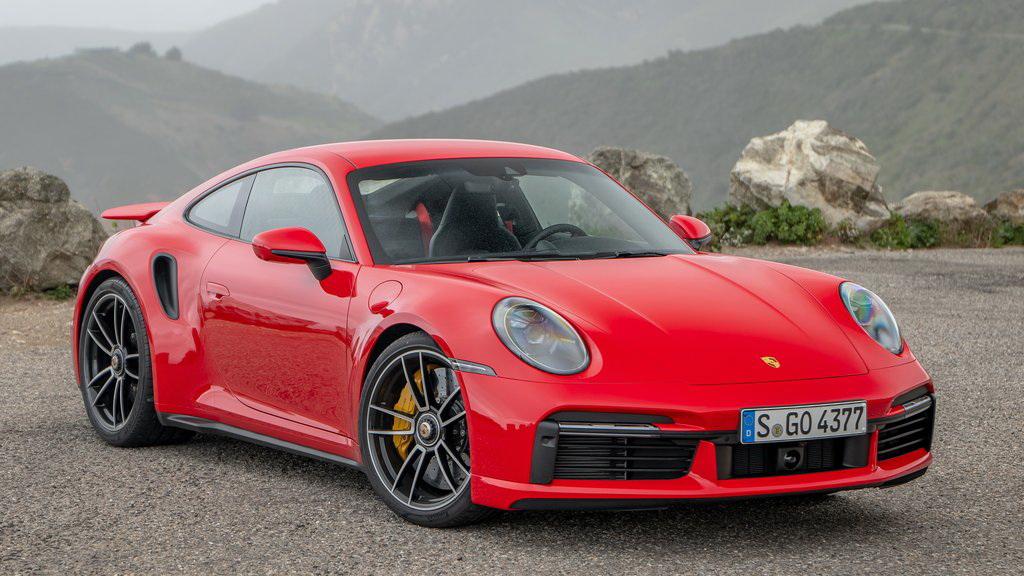 Porsche 911 Turbo S 2021 1024 02