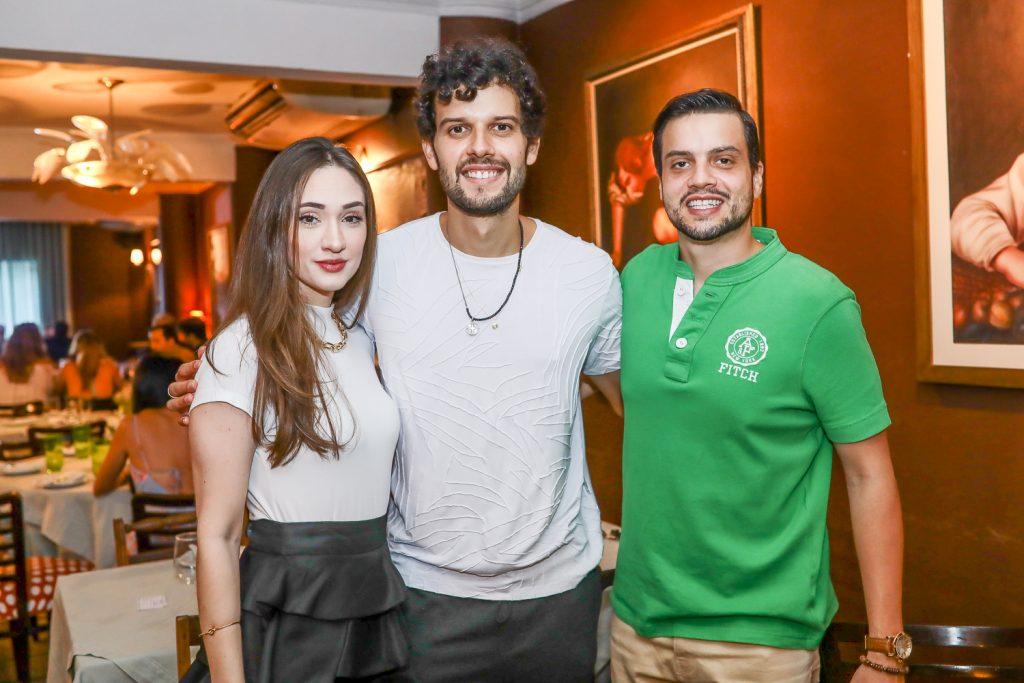 Rayssa Barros, Davi Cartaxo E Novak Neto