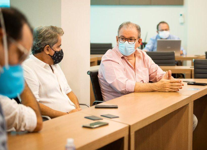 Ricardo Cavalcante apresenta potenciais do Hub de H2V a empresários dos setores têxtil e financeiro na Casa da Indústria