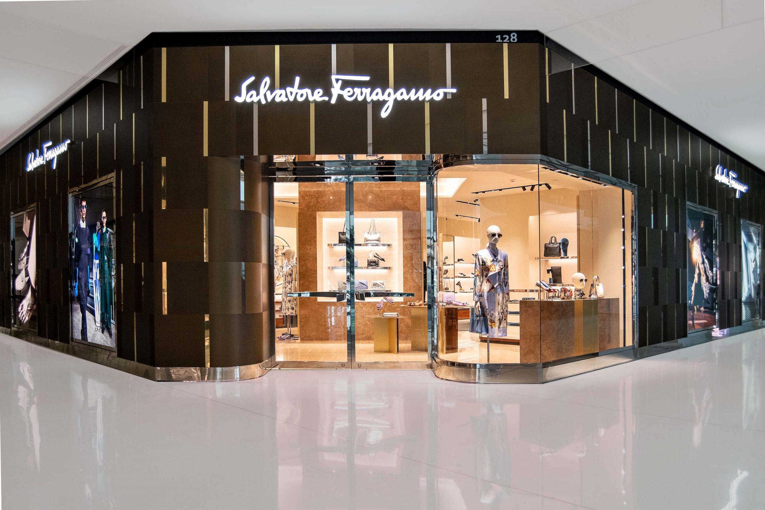 Salvatore Ferragamo abre mais duas lojas no Brasil e consolida sua presença em solo verde e amarelo
