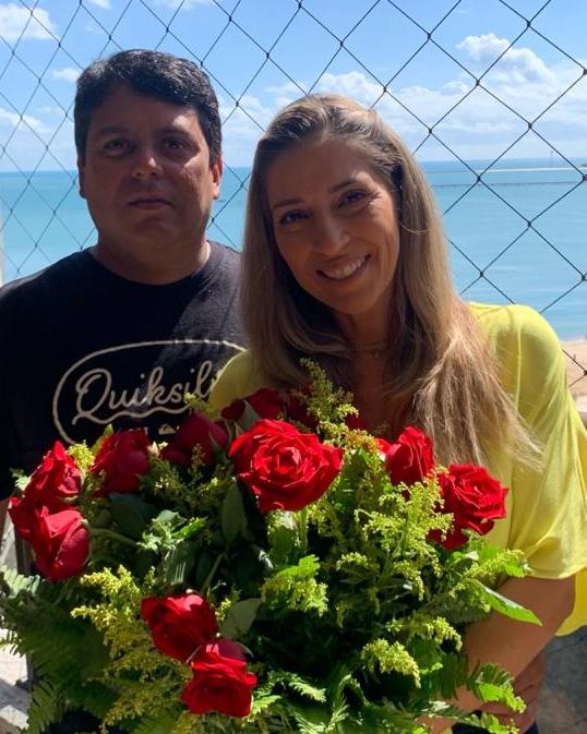 Roberta e Perboyre Castelo Júnior celebram suas Bodas de Prata