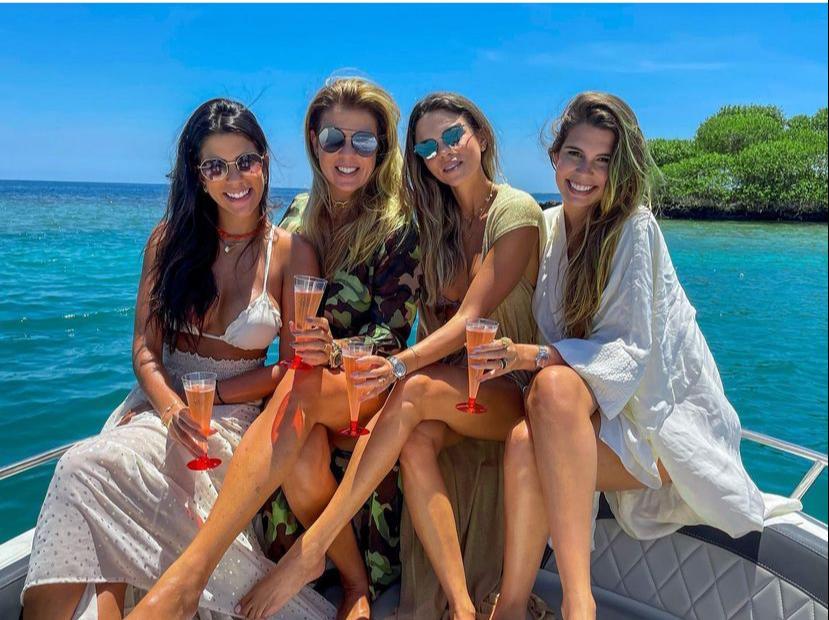 Alexandra Pinto curte temporada de férias com as filhas na Colômbia