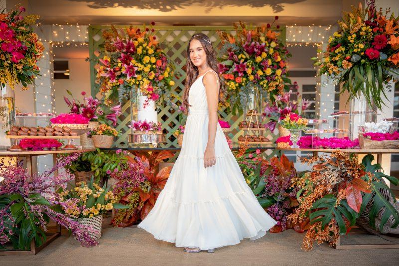 Dia marcante - Manoela Pegado Cavalcante celebra seus 15 anos com uma bela festa articulada por seus pais