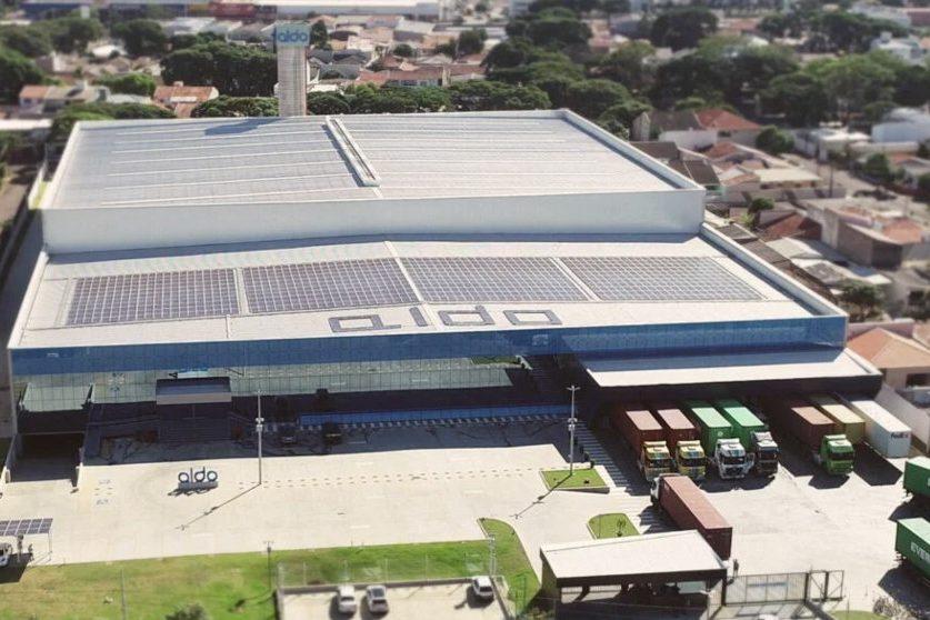 Brookfield anuncia aquisição da maior fabricante de geradores solares do Brasil