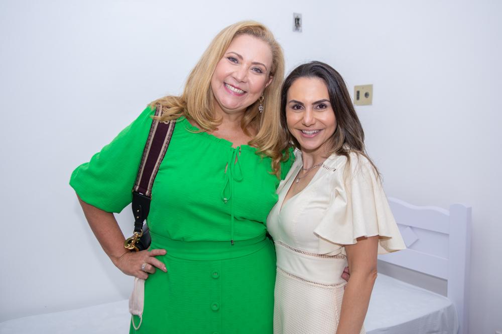Andréa Delfino E Adriana Queiroz