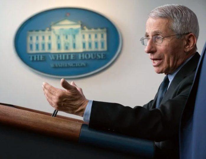 Especialista diz que EUA podem controlar a Covid-19 até 2022 com a vacinação