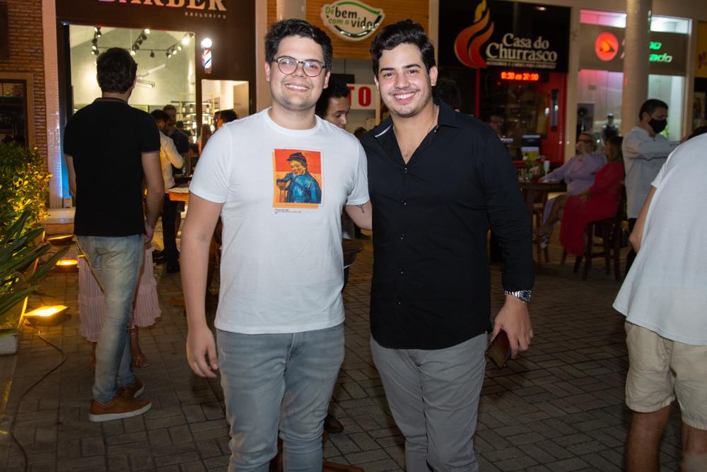 Bob Santos Filho E Felipe Pinto