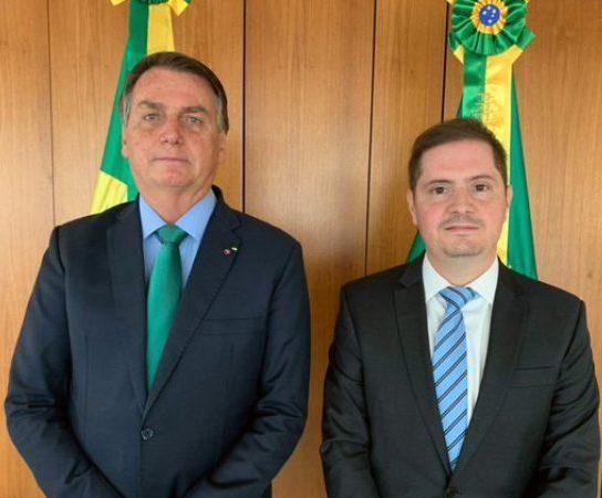 Presidente Bolsonaro confirma nomeação de Bruno Bianco para assumir a AGU