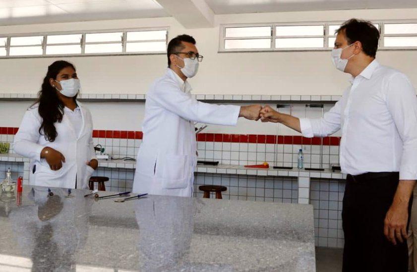 Camilo inaugura escola profissionalizante em Horizonte atendendo a 540 alunos