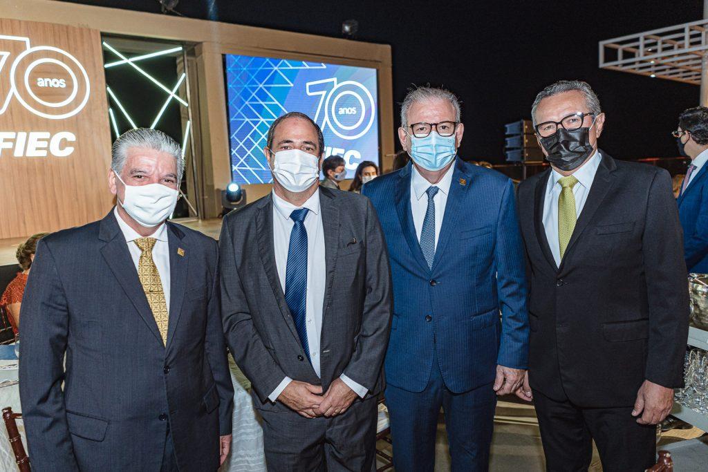 Chico Esteves, Paulo Andre Holanda, Ricardo Cavalcante E Eulalio Costa