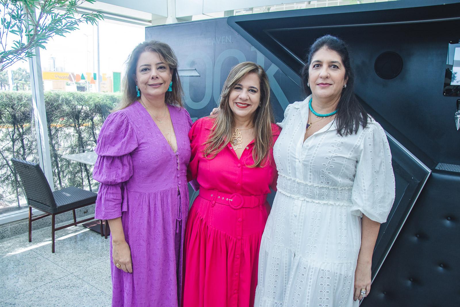 Claudia Gradvohl, Martinha Assuncao E Elisa Oliveira (2)