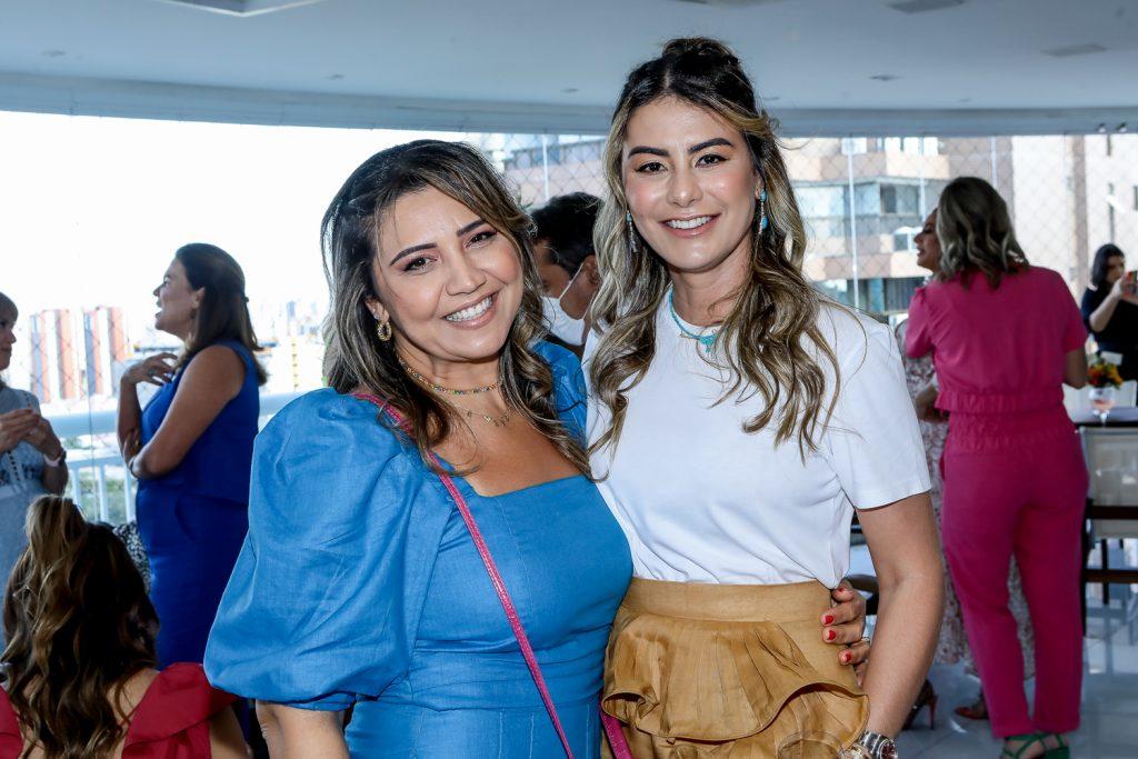 Claudia Possidonio E Mariana Pimenta