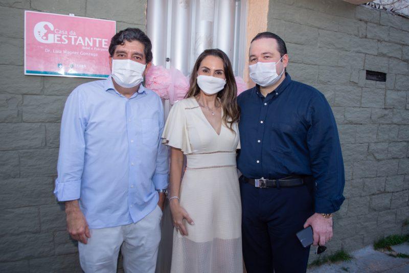 Dr. Cabeto, Adriana E Otávio Queiroz