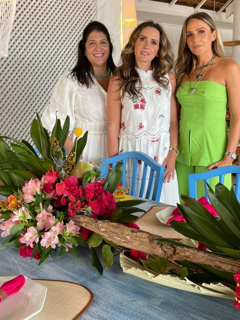 Elisa Oliveira, Roberta Nogueira E Renata Oliveira
