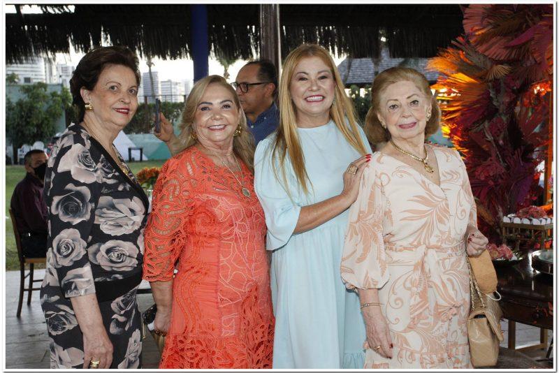 Cheers - Iate Clube serve de palco da festa de aniversário de Salete Araújo