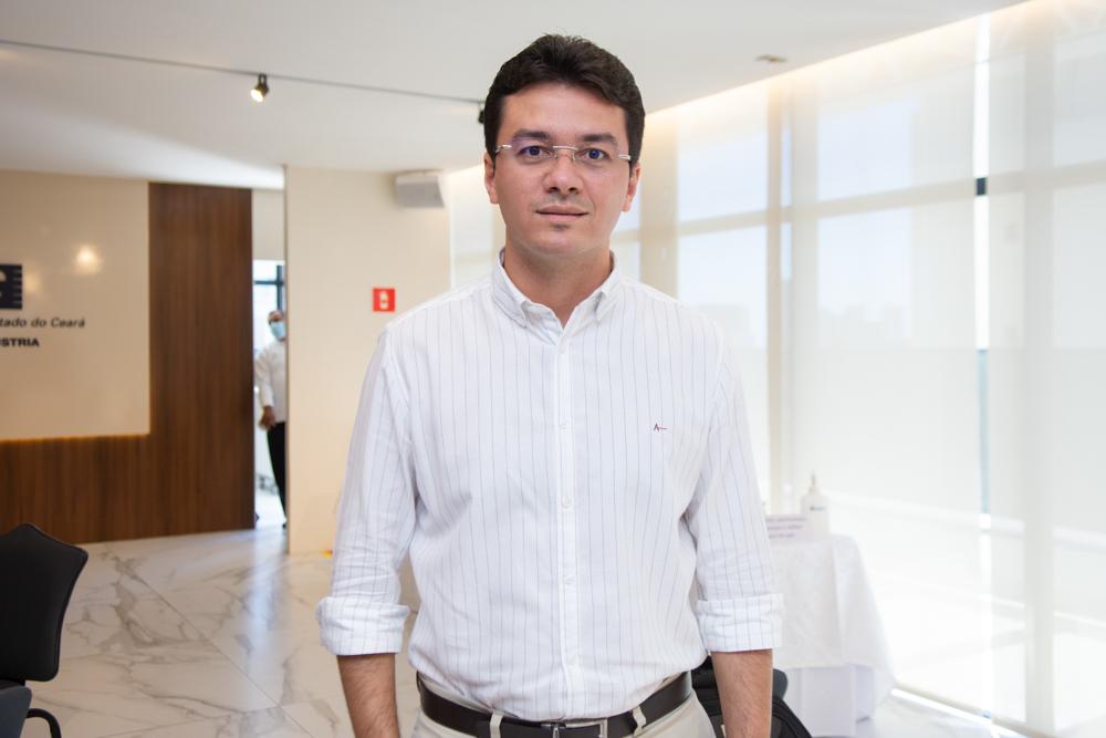 Fernando Hélio