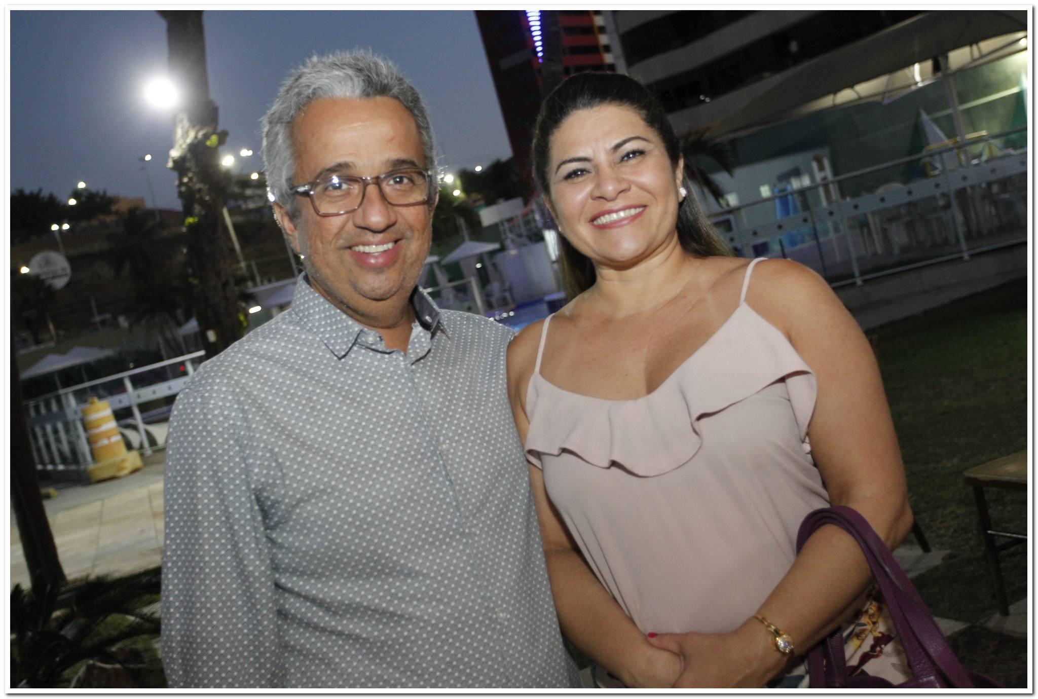 Flavio Martins E Camila America