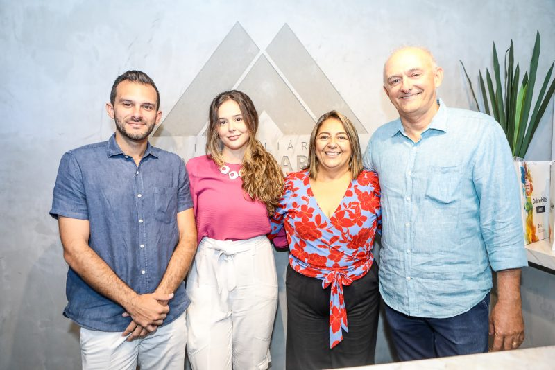 George, Natalia, Vania E George Martins
