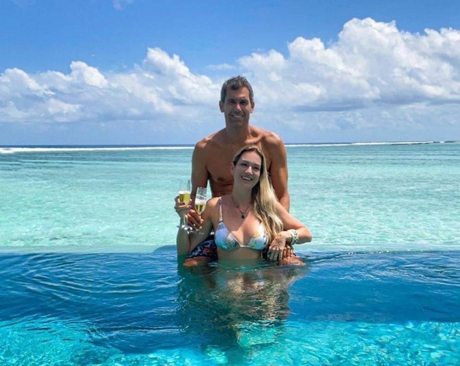 Germana e Victor Carneiro De Melo aterrissam nas Maldivas