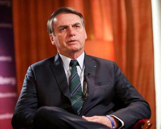 Bolsonaro apresenta proposta de novo programa social, chamado Auxílio Brasil