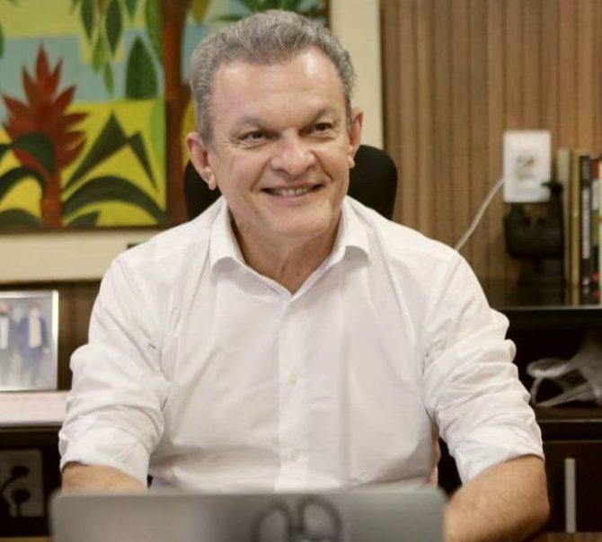 José Sarto anuncia início da vacinação de adolescentes de 12 a 17 anos na Capital