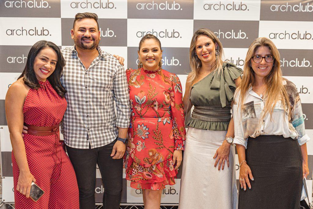 Kelvia Sasraiva, Rodolfo Sasntiago, Adriele Fidelez, Apoliana Alburquerque E Celina Dias