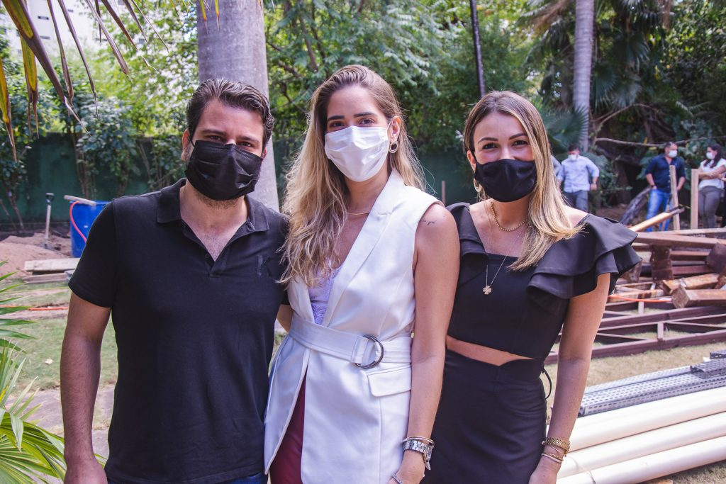 Marcos Aquino, Zaira Mendes E Juliana Hissa