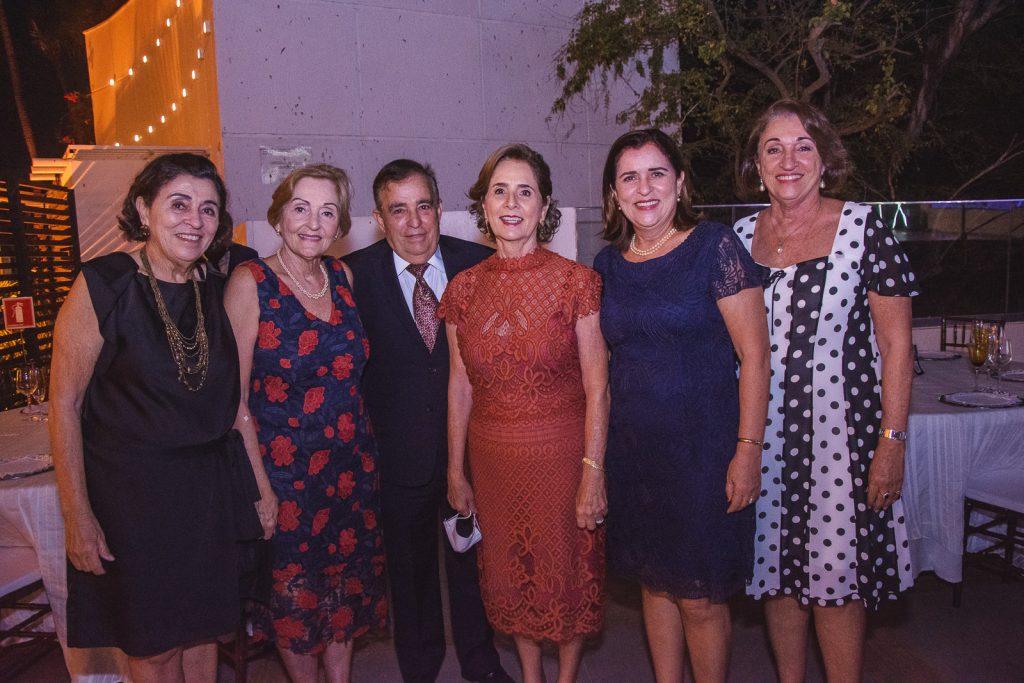 Maria Tereza Targino, Maria Cecilia Targino, Claudio Targino, Zena Targino, Maria Isabel Targino E Maria Luiza Targino