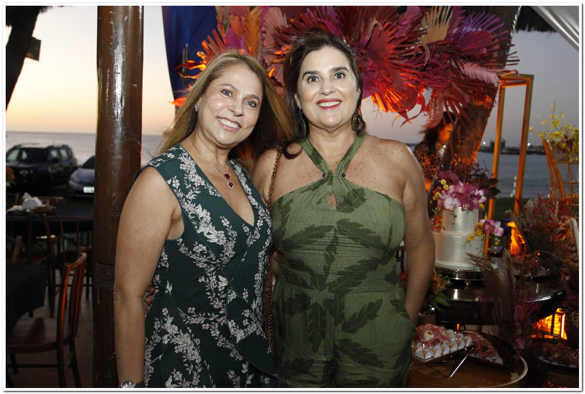 Morgana Linhares E Arlene De Paula Pessoa