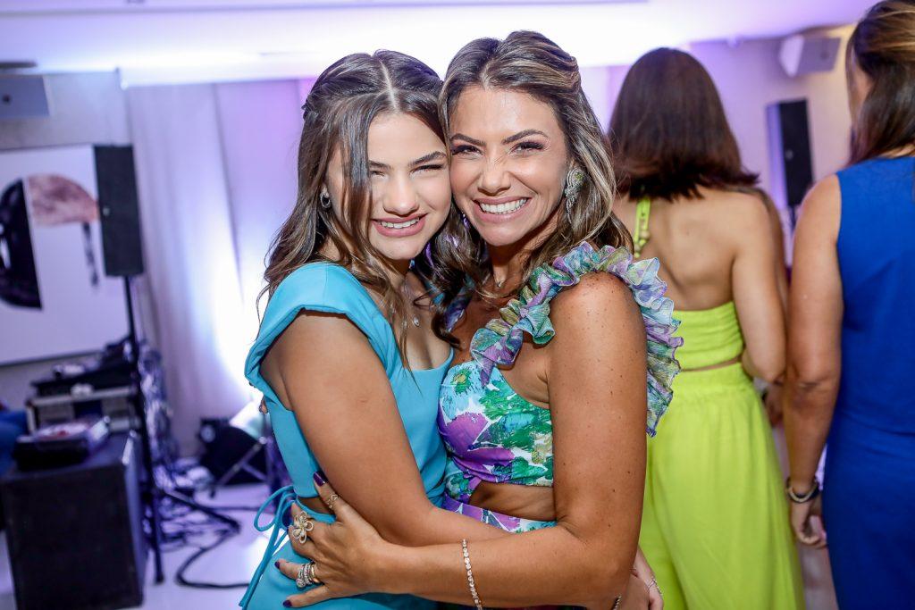 Natalia E Vanessa Queiros (1)