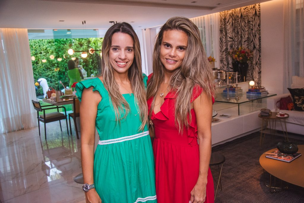 Rafaela Benevides E Andrea Parayba (2)