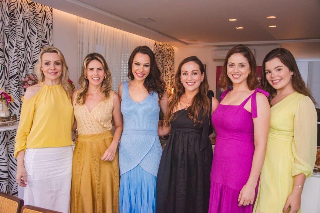 Rebeca Fujita, Aline Ferreira Gomes, Lorena Gondim, Michele Queiroz, Andressa Ribas E Laura Ferreira Gomes