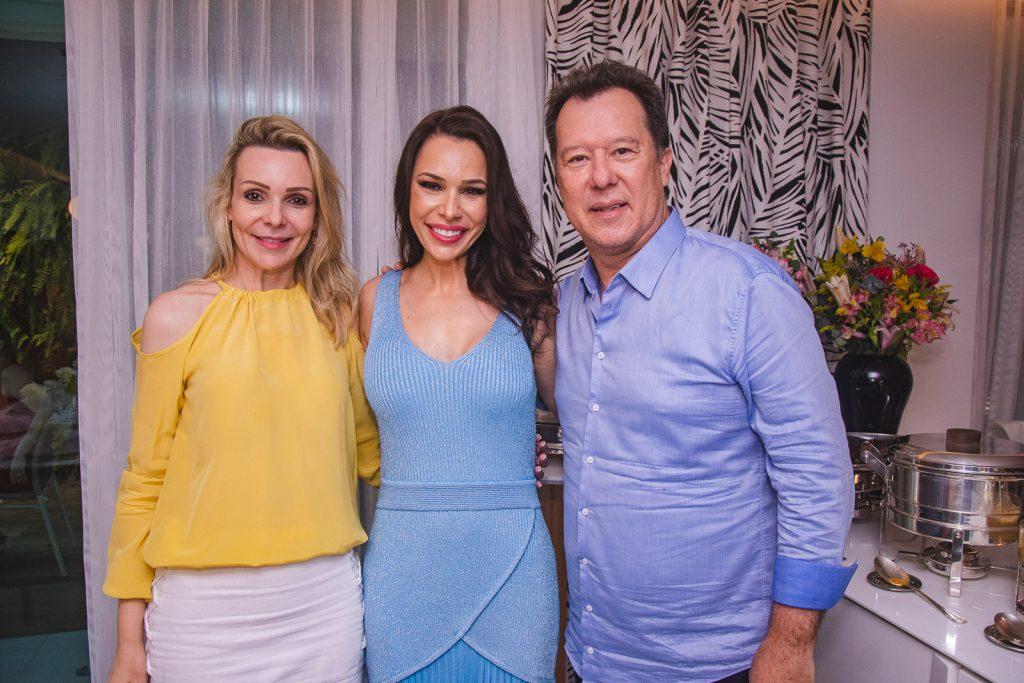 Rebeca Fujita, Lorena Gondim E Carlos Fujita
