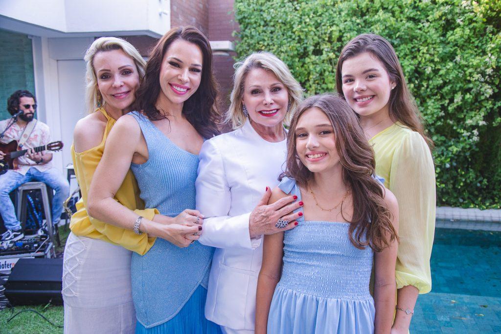 Rebeca Fujita, Lorena Gondim, Marcia Ferreira Gomes, Maria Eduarda Gondim E Laura Ferreira Gomes (2)